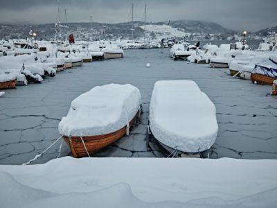 Veneen talvisäilytys
