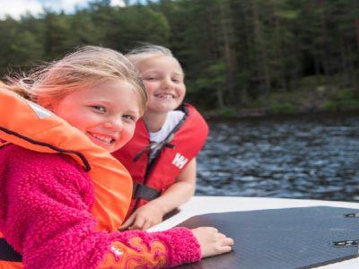 Mitä pitää ottaa huomioon, kun valitaan veneilyliivejä?